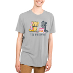 You Bake My Day Men's T-shirt modelTeeTurtle gray t-shirt featuring a dog holding a whisk and frosting a cake while an angry gray cat looks at him with shirt text
