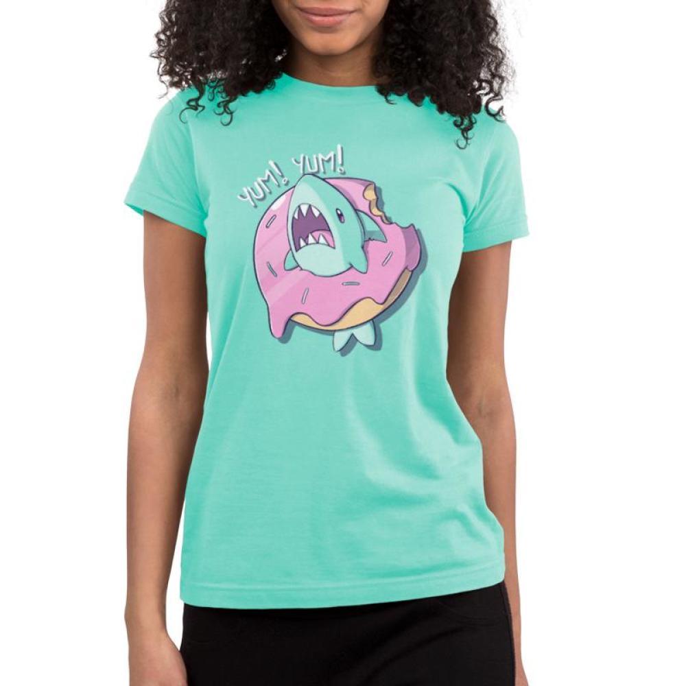 Shark Attack Juniors T-shirt Model TeeTurtle Light Blue T-shirt featuring a shark inside of a donut with shirt test