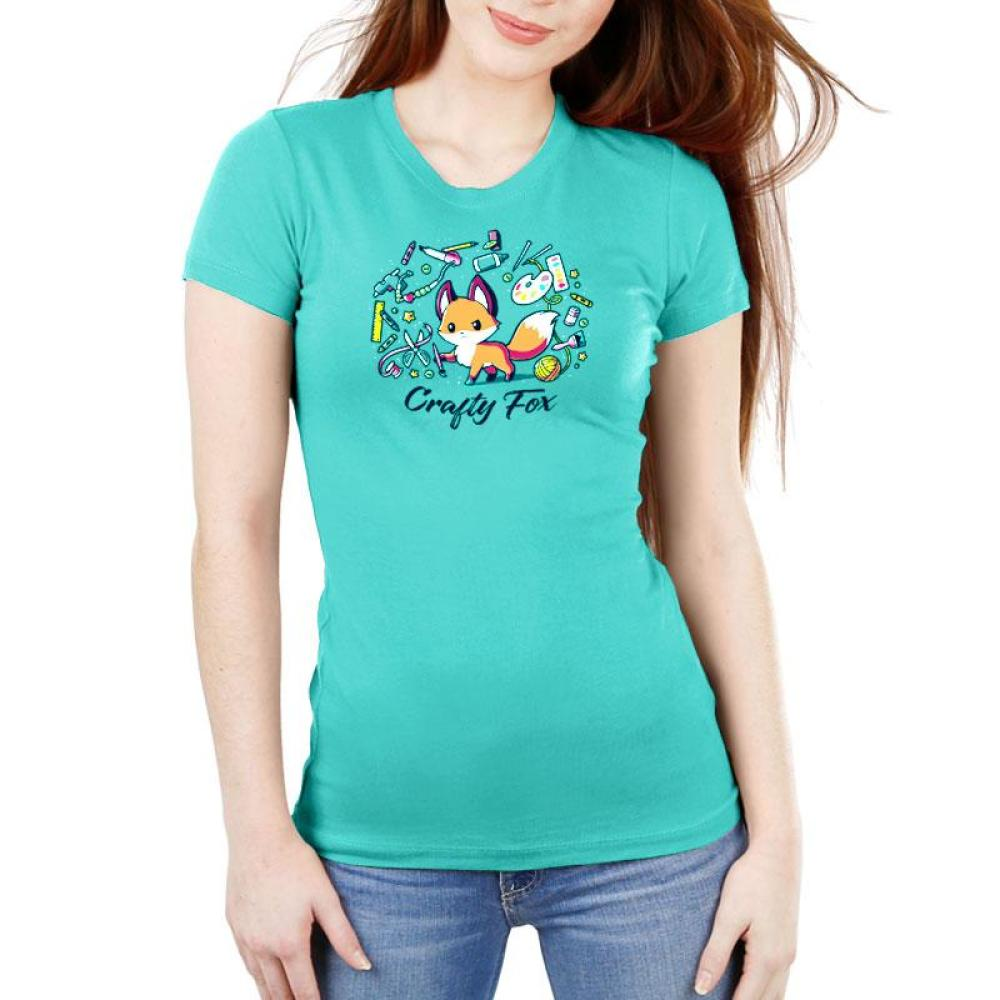 Crafty Fox Women's Ultra Slim T-Shirt Model TeeTurtle